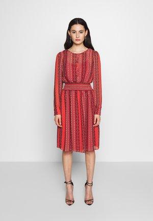 ONLWILLOW DRESS - Day dress - bittersweet