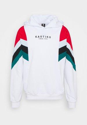 EWAN - Sweater - white/red/black/jade