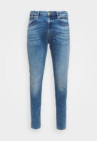 SKIM - Slim fit jeans - blue denim