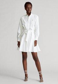 Polo Ralph Lauren - LONG SLEEVE CASUAL DRESS - Vestido camisero - white - 0