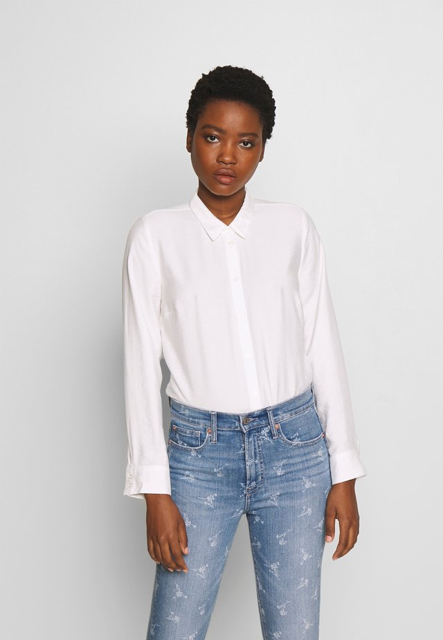 CLASSIC BLOUSE - Button-down blouse - white