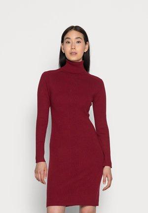 MICRO BRANDING SWEATER DRESS - Jumper dress - virginia red