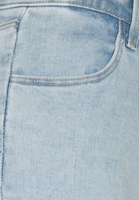 J Brand - ALANA HIGH RISE CROP  - Jeans Skinny Fit - reverie - 2