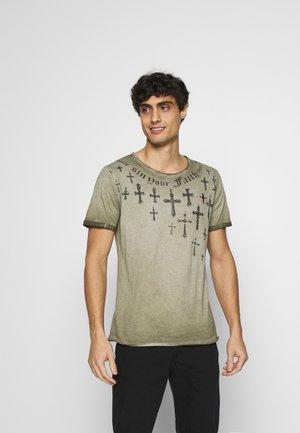 SIN CITY ROUND - Print T-shirt - military green