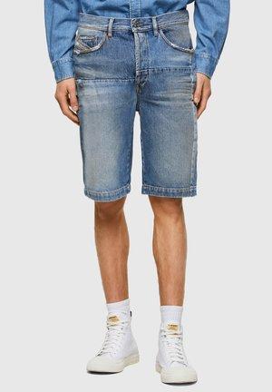 MACS - Shorts di jeans - light blue