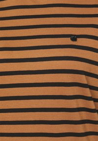 Carhartt WIP - ROBIE - Print T-shirt - robie/rum/black - 5