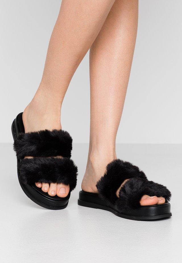 ELLE MULE - Pantoffels - black