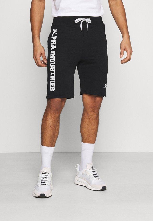 BIG LETTERS SHORT - Shorts - black