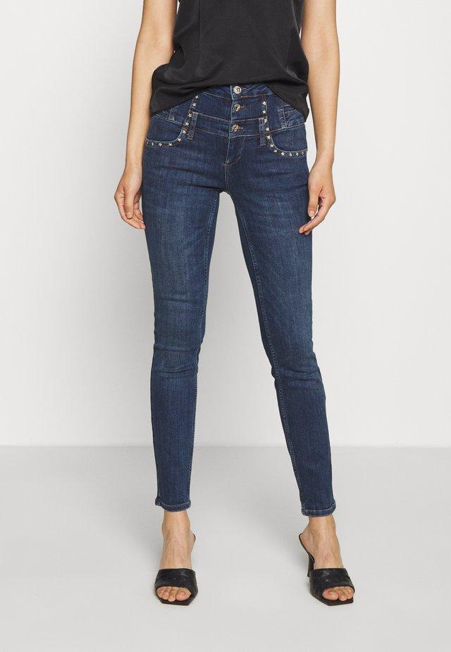 RAMPY - Jeans Slim Fit - denim blue event wash
