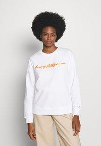 Tommy Hilfiger - ANNIE RELAXED - Sweatshirt - white - 0