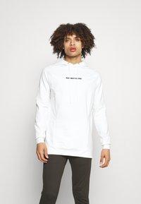 SQUATWOLF - STATEMENT HOODIE - Sweatshirt - white - 0