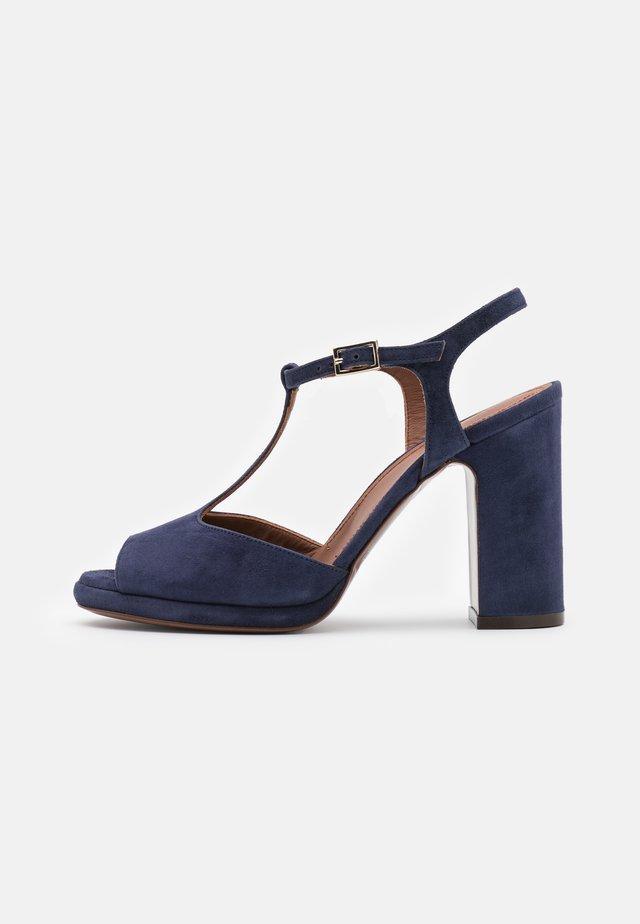 Sandalen met hoge hak - abyss