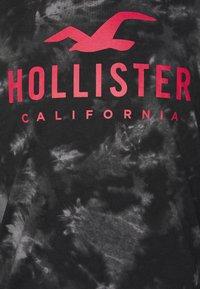 Hollister Co. - ICONIC - Långärmad tröja - black wash - 6