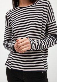 ARMEDANGELS - PALINAA  - Long sleeved top - kitt-black - 3