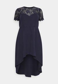 Chi Chi London Curvy - JAZPER DRESS - Vestito elegante - navy - 0