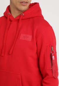 Alpha Industries - BACK PRINT HOODY - Sweat à capuche - speed red - 4