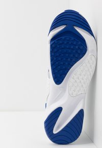 Nike Sportswear - ZOOM  - Sneakers - sky grey/black/bright cactus/hyper blue/white - 4