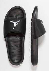 Jordan - BREAK - Sandaler - black/white - 1
