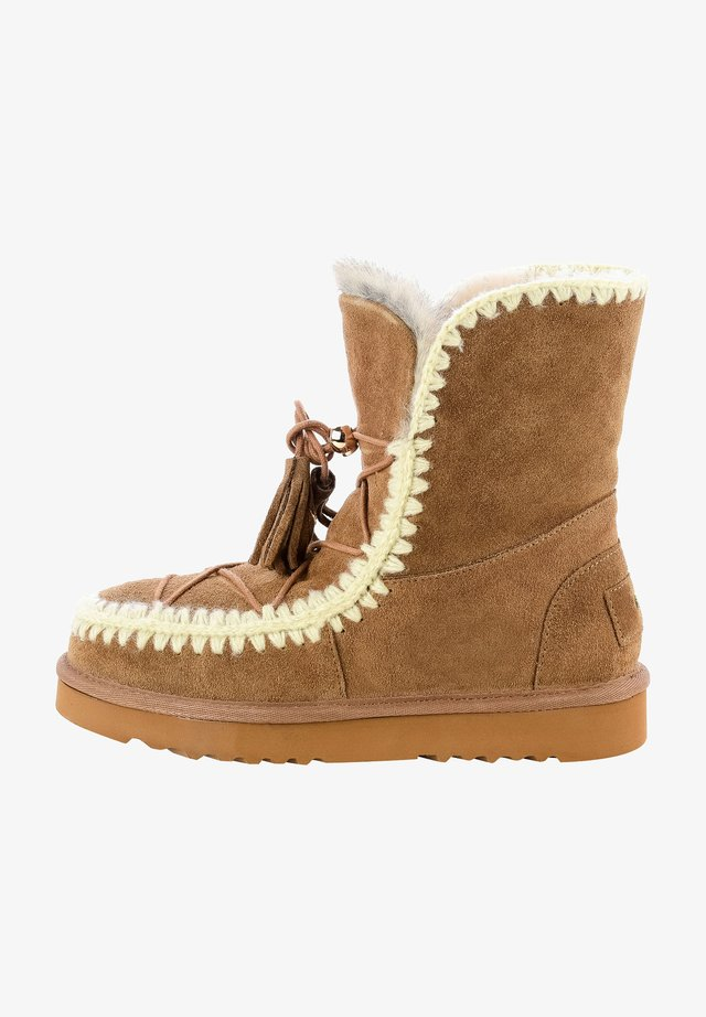 QURES - Winter boots - brown