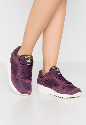 SHADOW VINTAGE - Sneakers basse - blackberry/marshmallow