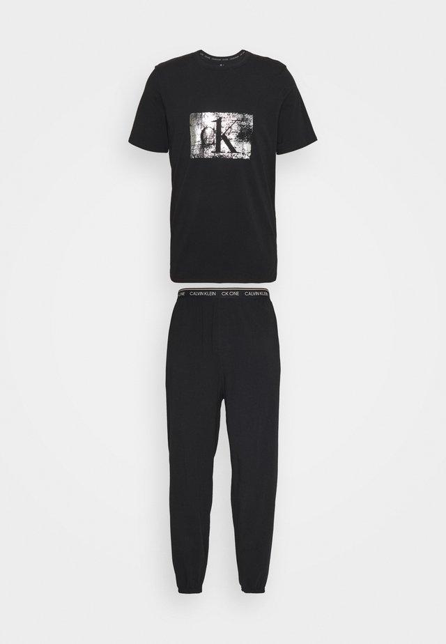 FOIL JOGGER SET - Pijama - black