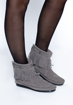 HI TOP BACK ZIP ANKLE BOOT - Classic ankle boots - grey