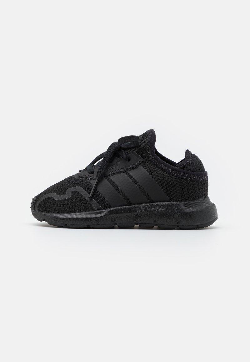 adidas Originals - SWIFT RUN UNISEX - Zapatillas - core black
