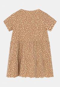 Konges Sløjd - REYA TEE DRESS - Jersey dress - buttercup/rosa - 1