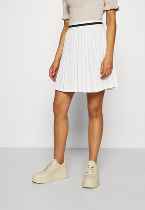 VMVALENTINA TENNIS PLISSE SKIRT - Minifalda - snow white