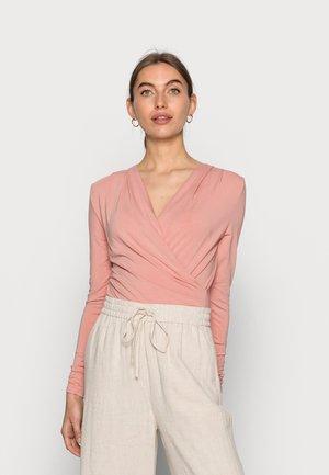 LIONE - Long sleeved top - rosebud