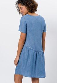 zero - Denim dress - mid blue soft wash - 2