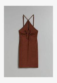 Bershka - GLÄNZENDES MIT GERAFFTEM AUSSCHNITT - Shift dress - brown - 4