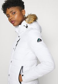 Superdry - CLASSIC FUJI JACKET - Winter jacket - white - 4