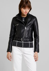Vero Moda - VMEILEEN SHORT COATED JACKET - Faux leather jacket - black - 0
