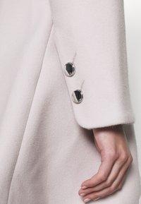 Forever New - JENNA COLLAR COAT - Classic coat - mink - 7