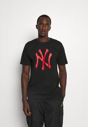 MLB NEW YORK YANKEES SEASONAL TEAM LOGO TEE - Klubové oblečení - black