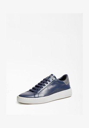VERONA - Sneaker low - blau