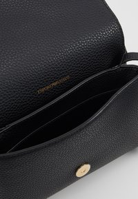 Emporio Armani - ROBERTA EAGLE MINI  - Across body bag - nero - 4
