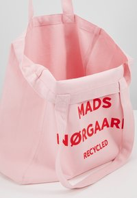 Mads Nørgaard - BOUTIQUE ATHENE - Tote bag - rose/red - 4