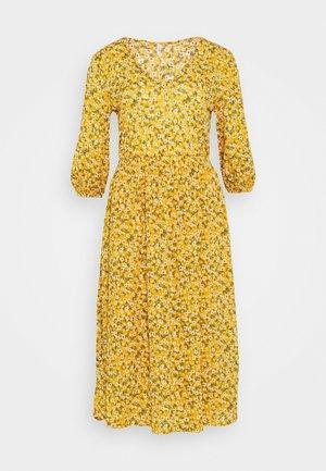 ONLPELLA DRESS - Vardagsklänning - golden yellow