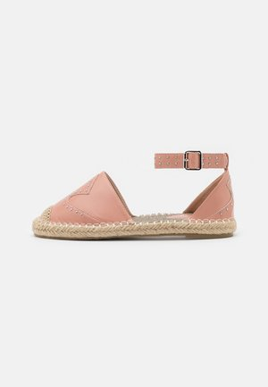 SHELBY - Espadrilky - coral