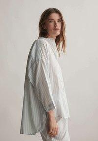 OYSHO - Pyjama top - blue - 2