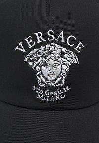 Versace - VIA GESU UNISEX - Cappellino - nero - 5