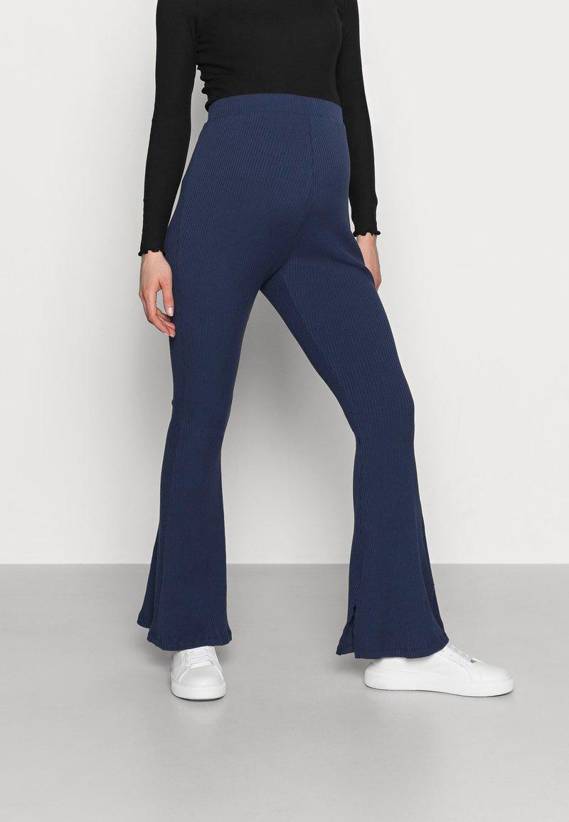 Glamorous Bloom - LADIES FLARES - Spodnie materiałowe - navy