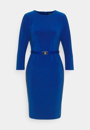 BONDED DRESS - Pouzdrové šaty - french ultramarin