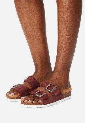 VMOLIVIA - Pantofle - sable