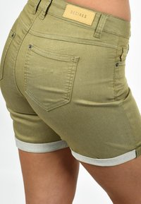 Desires - JEANSSHORTS LILA - Denim shorts - light green - 3