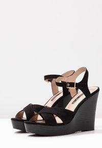 Dorothy Perkins - RADICAL STACKED 70S WEDGE - High heeled sandals - black - 4
