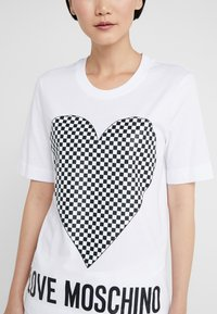 Love Moschino - T-shirt print - optical white - 4