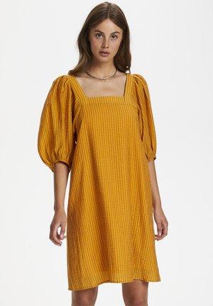 SLTAUTOU - Vapaa-ajan mekko - yellow